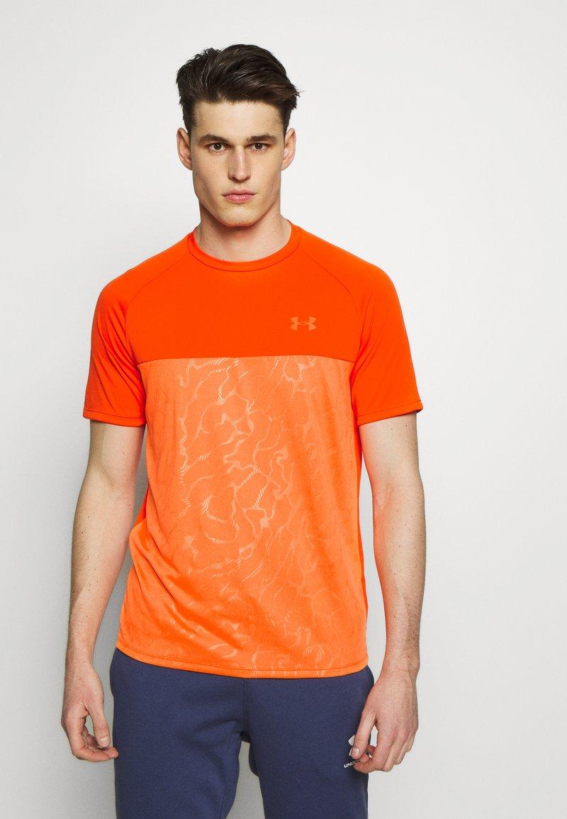 Under Armour - Print T-shirt - ultra orange/orange spark