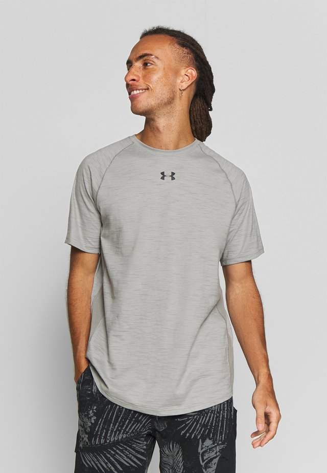 CHARGED - T-shirt con stampa - gravity green/black