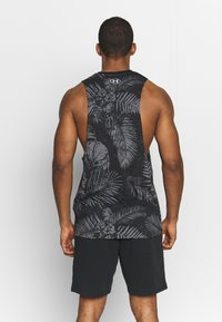 Under Armour - PROJECT ROCK ALOHA CAMO TANK - Tekninen urheilupaita - black/summit white - 2