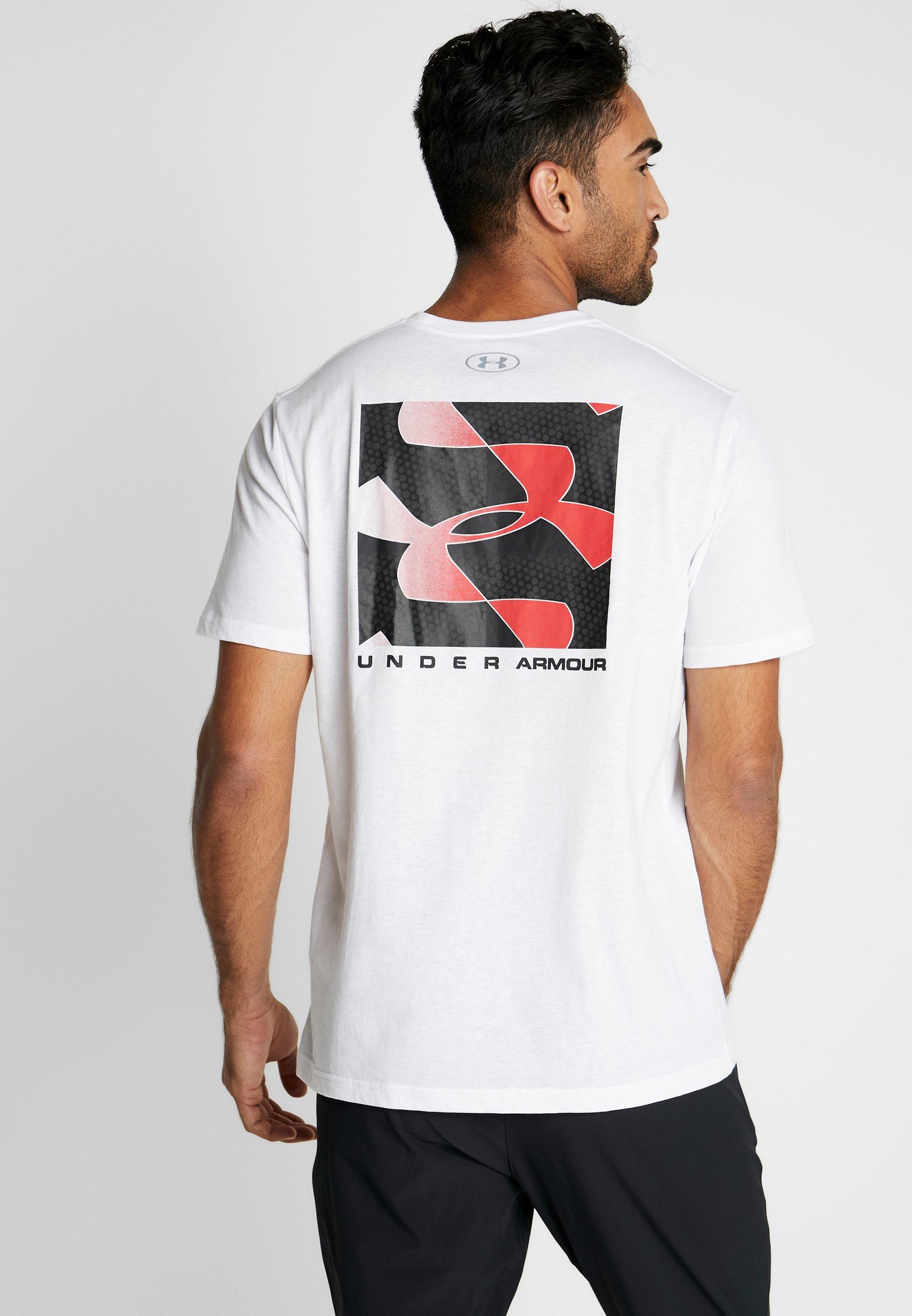 Under Armour REFLECTION - T-shirt z nadrukiem - white/red