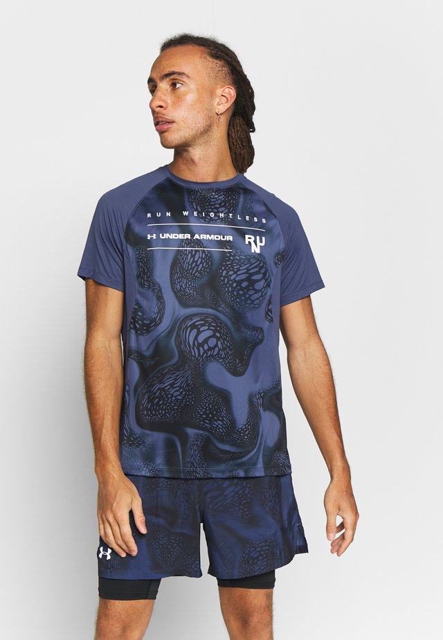 QUALIFIER ISO CHILL WEIGHTLESS SHORT SLEEVE - T-shirt con stampa - blue ink/black