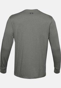 Under Armour - MULTI LOGO LS - Sports shirt - gravity green - 1