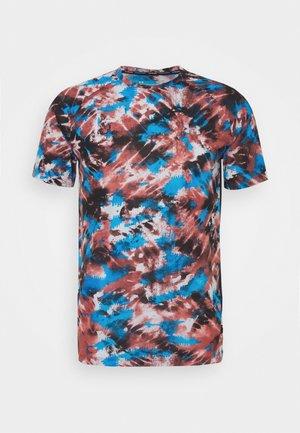STREAKER INVERSE - T-shirt sportiva - cinna red
