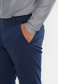 Under Armour - TAKEOVER GOLF PANT TAPER - Chino - academy - 3
