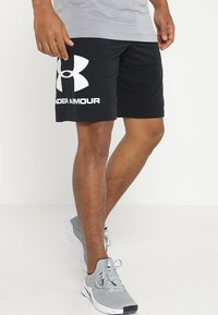 Under Armour - SPORTSTYLE COTTON LOGO SHORTS - Korte broeken - black/white - 0