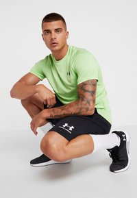 Under Armour - SPORTSTYLE SHORT - Sports shorts - black/white - 1