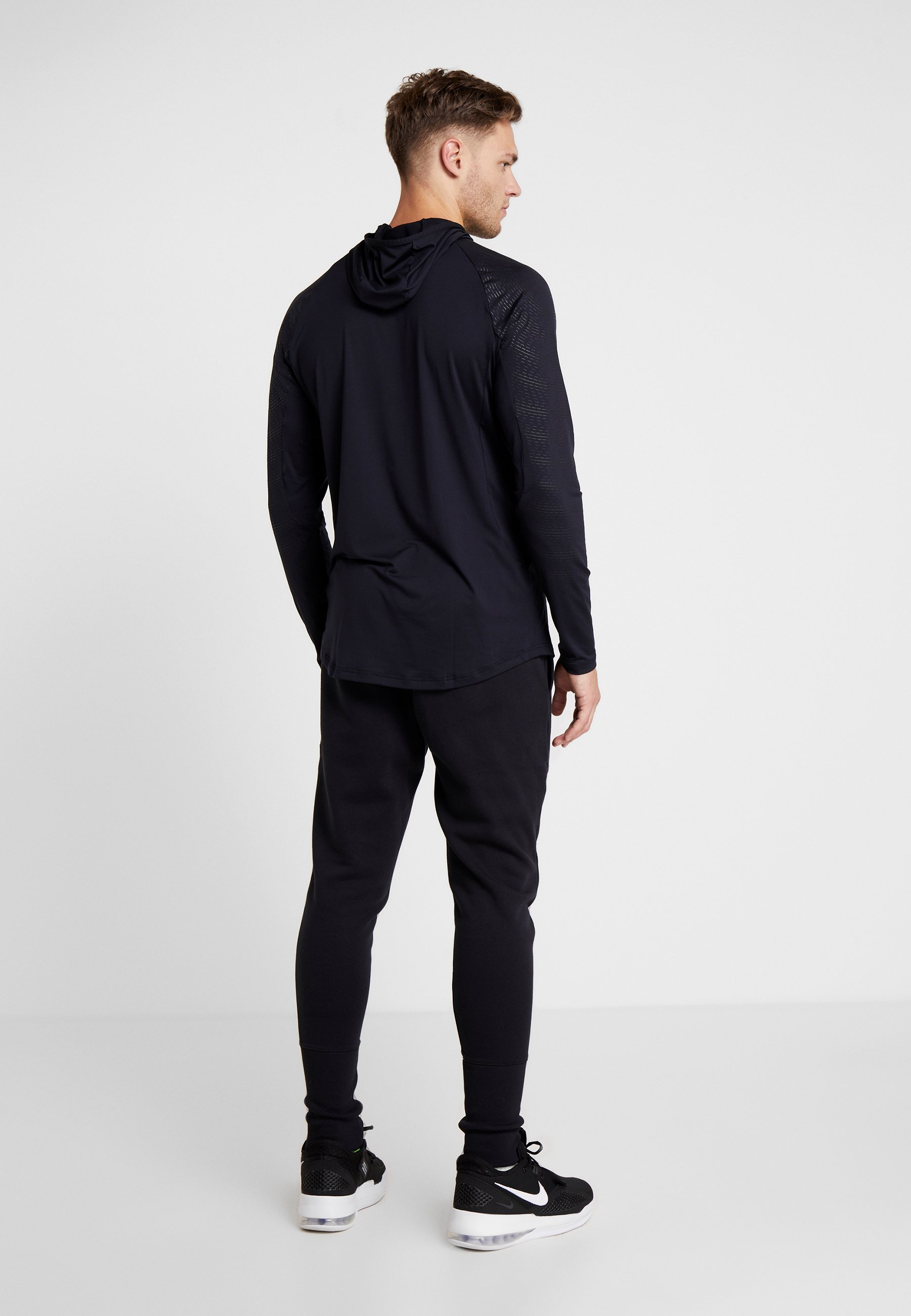 Under Armour Baseline Survêtement JoggerPantalon Black De ash Gray CdBxroe