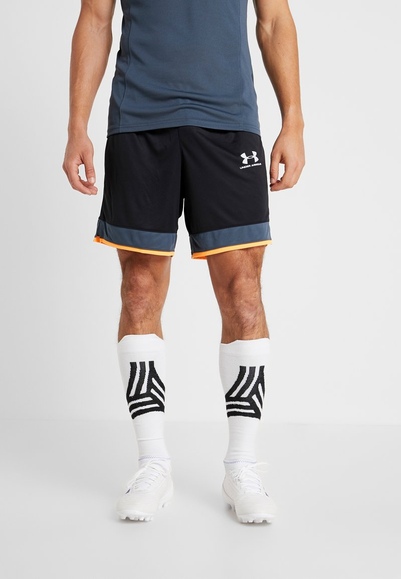 Under Armour - CHALLENGER SHORT - Sports shorts - black /wire/halo gray