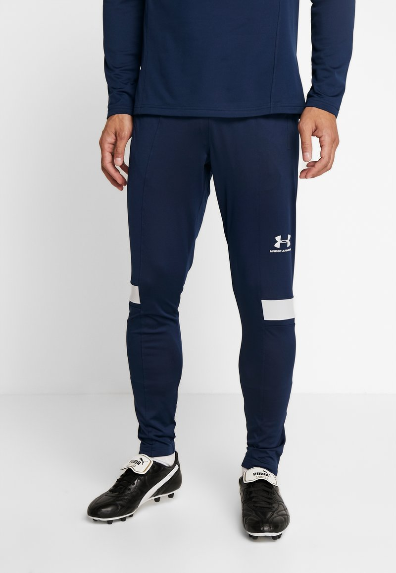Under Armour - CHALLENGER TRAINING PANT - Tracksuit bottoms - academy/halo gray