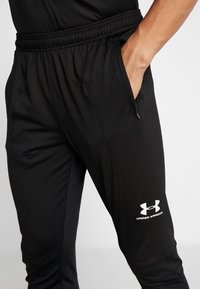 Under Armour - CHALLENGER TRAINING PANT - Trainingsbroek - black/white - 4