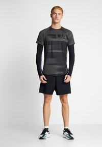 Under Armour - SUBLIMATED - T-shirt con stampa - jet gray/black - 1