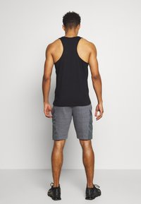 Under Armour - PROJECT ROCK SHORT - Sports shorts - pitch gray full heather/black - 2