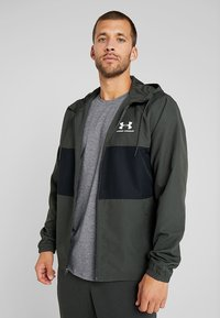 Under Armour - SPORTSTYLE WIND JACKET - Träningsjacka - baroque green - 0