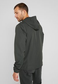 Under Armour - SPORTSTYLE WIND JACKET - Träningsjacka - baroque green - 2