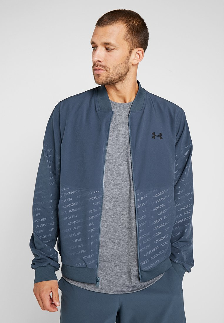 Under Armour - UNSTOPPABLE EMBOSS BOMBER - Training jacket - wire/black