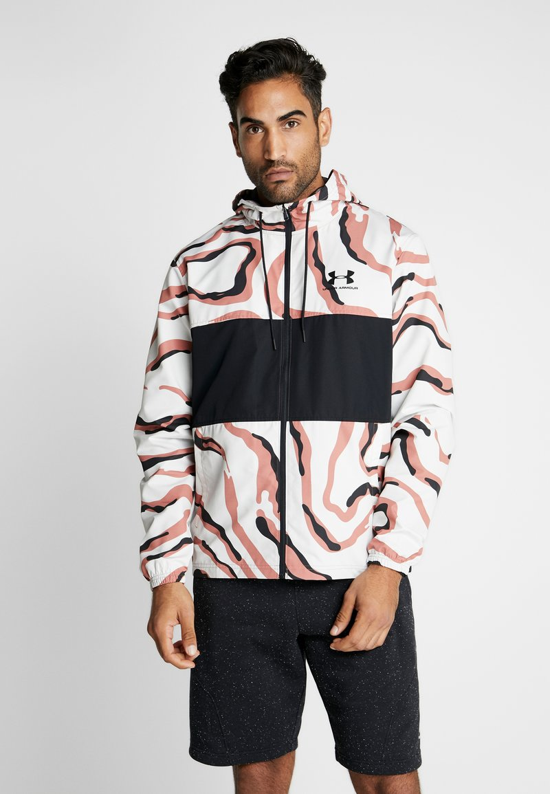 Under Armour - SPORTSTYLE WIND PRINTED HOODED JACKET - Träningsjacka - cedar brown/black