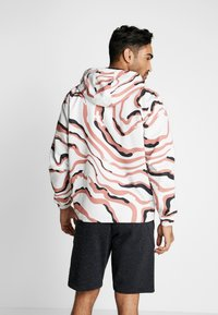 Under Armour - SPORTSTYLE WIND PRINTED HOODED JACKET - Träningsjacka - cedar brown/black - 2