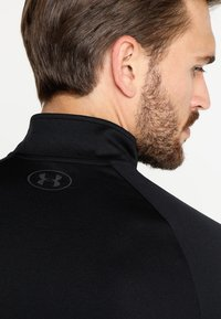 Under Armour - Sports shirt - black/charcoal - 3