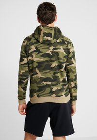 Under Armour - RIVAL CAMO HOODY - Hættetrøjer - outpost green/black - 2