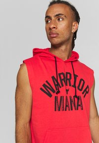 Under Armour - PROJECT ROCK HOODIE - Mikina skapucí - versa red/black - 3