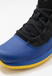 Under Armour - LOCKDOWN 4 - Chaussures de basket - royal/black/taxi - 2