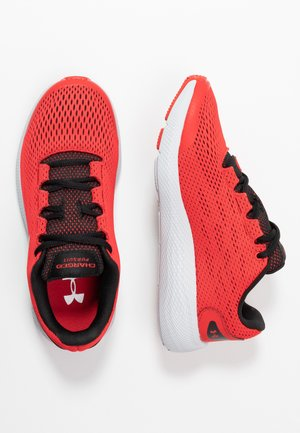 CHARGED PURSUIT 2 - Obuwie do biegania treningowe - versa red/black/metallic silver