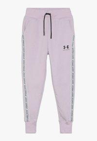 Under Armour - SPORTSTYLE PANT - Teplákové kalhoty - pink fog/black - 0