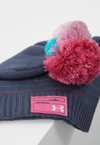 Under Armour - GIRL'S TRIPLE SCOOP BEANIE - Čepice - downpour gray/pace pink/pink fog - 2
