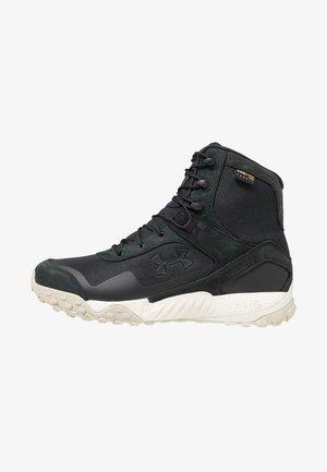 VALSETZ  - Zapatillas de senderismo - black/summit white