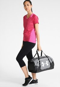 Under Armour - UNDENIABLE DUFFLE 3.0 SMALL - Sporttasche - graphite - 5