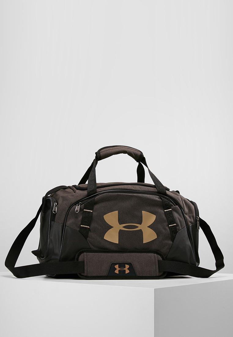 Under Armour - UNDENIABLE DUFFLE 3.0 XS - Sportovní taška - black/black/metallic victory gold