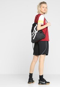 Under Armour - OZSEE SACKPACK - Sac de sport - black/black/white - 5