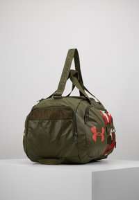 Under Armour - UNDENIABLE DUFFEL 4.0 SM - Sportovní taška - summit white/guardian green/martian red - 3