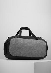 Under Armour - UNDENIABLE DUFFEL 4.0 - Sportovní taška - graphite medium heather/black - 2