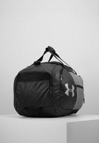 Under Armour - UNDENIABLE DUFFEL 4.0 - Sportovní taška - graphite medium heather/black - 3