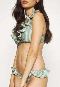Underprotection - RITA BRA - Bikini top - mint - 5