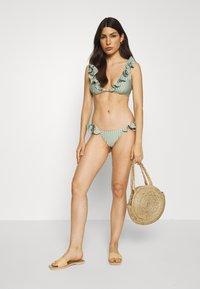 Underprotection - RITA BRA - Bikini top - mint - 1