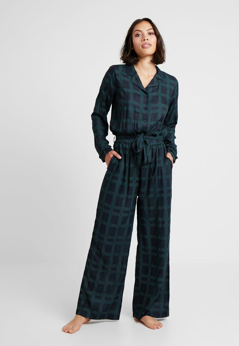 Underprotection - TERRY JUMPSUIT - Pijama - black