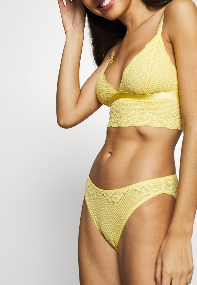 LISA BRIEFS - Slip - yellow