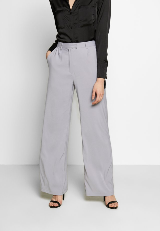 TAILORED CIGARETTE TROUSER - Stoffhose - grey