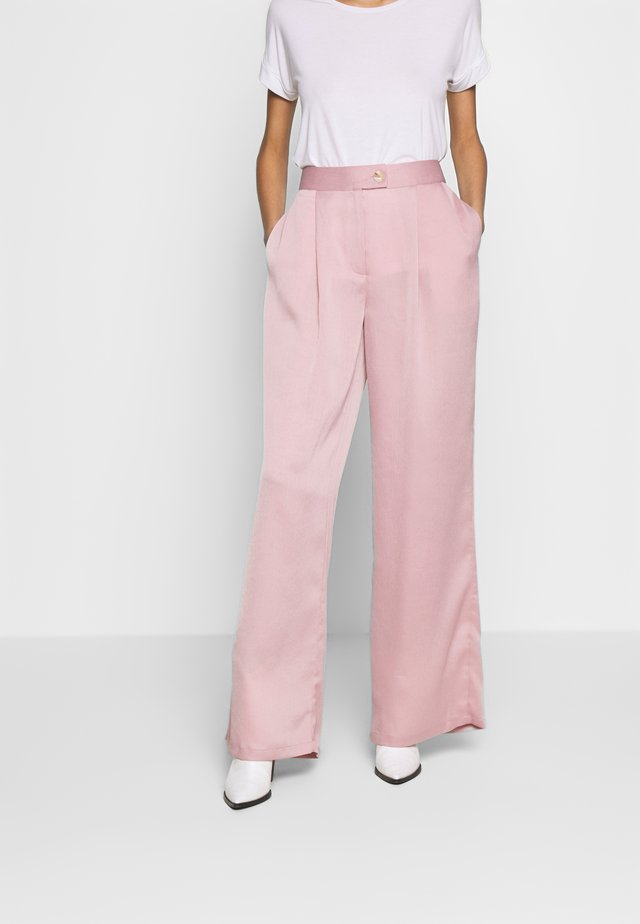 LUXE WIDE LEG TROUSERS - Tygbyxor - lilac