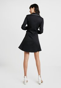 UNIQUE 21 - DRESS WITH CONTRAST BINDING AND BOW TIE WAIST - Robe chemise - black - 3