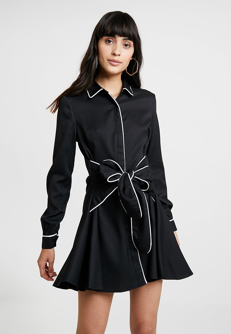 UNIQUE 21 - DRESS WITH CONTRAST BINDING AND BOW TIE WAIST - Robe chemise - black