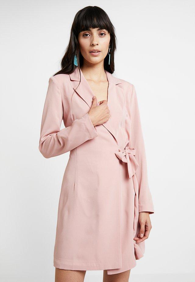 Skjortekjole - pink