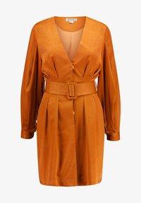 UNIQUE 21 - LUXE BELTED WRAP DRESS - Košilové šaty - camel - 4