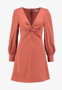 UNIQUE 21 - TWIST FRONT PLUNGE MINI DRESS - Denní šaty - rust - 5