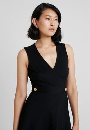 HEAVY BUTTON SLEEVELESS WRAP MIDI DRESS - Jerseykjole - black