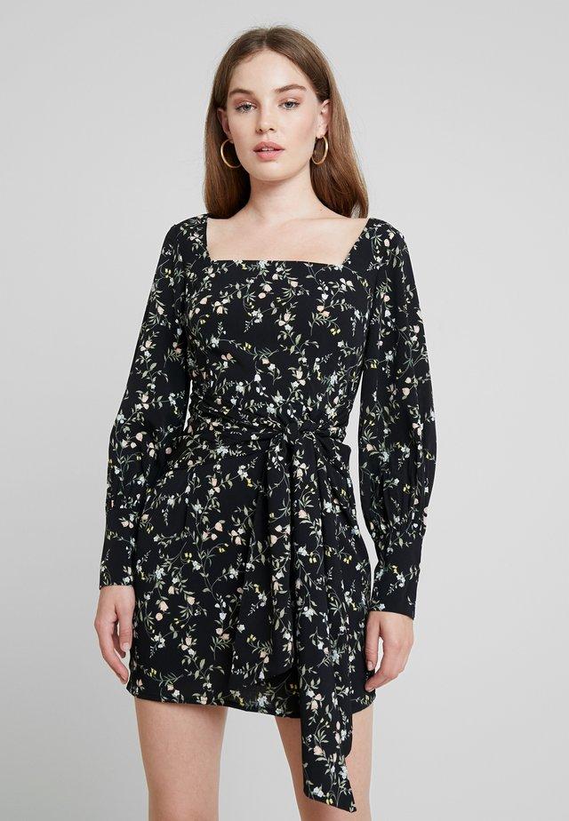 FLORAL SQUARE NECK DRESS  - Kjole - black