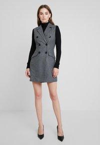 UNIQUE 21 - DRESS - Vestido camisero - grey - 2