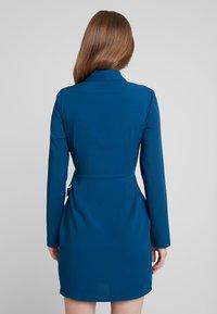 UNIQUE 21 - BELTED BLAZER DRESS - Denní šaty - blue - 3